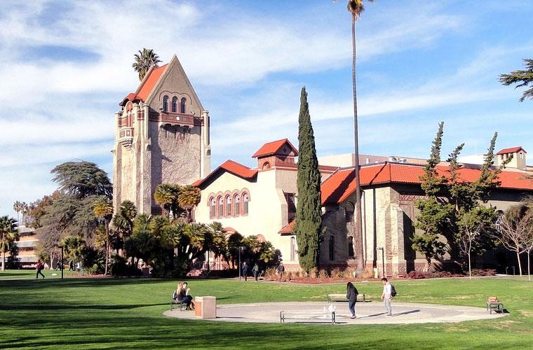 北京师范大学珠海分校初中生能读航空专业吗